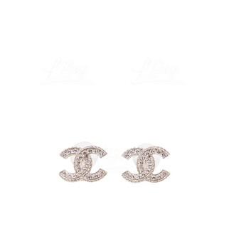 Chanel 經典水鑽 Logo 耳環