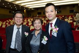 臨床心理學家簡子杰先生與資深輔導專家吳國棟女仕擔任學術顧問